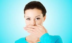 Como curar mau hálito