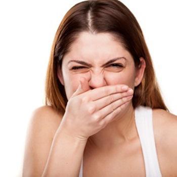 Como acabar com mau hálito do estômago