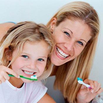 Como tirar sujeira do dente