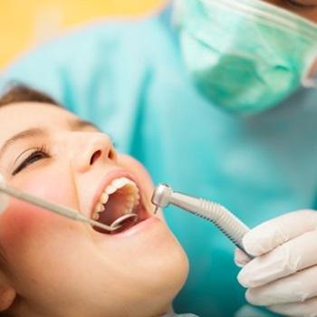 Inchaço no dente