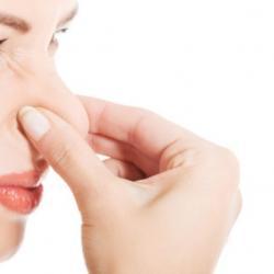 mau hálito na garganta o que fazer